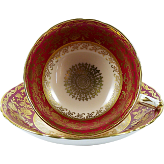 Paragon Tea Cup Gold on Red Border Peach Centers Bone China Footed