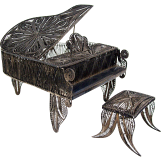 Dollhouse Miniature Piano Sterling .950 Silver Matching Bench Spun Silver 1:10
