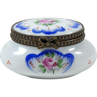 Vintage Limoges Trinket Box Pill or Ring Box Hand Painted Pink Rose Floral