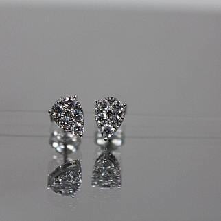 .50 CTW - 14k - Unique Pear Shaped Diamond Cluster Stud Earrings in White Gold