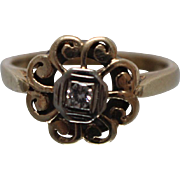 10k - .10 ct - Art Nouveau Diamond Flower Ring in Yellow Gold