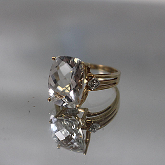 10k - 8.00 ct - Cushion Cut Faint Blue Topaz with Fancy Design Ring in Yellow Gold