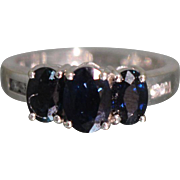 2.33 CTW - 14K - Sapphire & Diamond Past, Present, Future Anniversary Engagement Ring in White gold