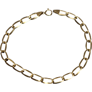 """14k - 7.25"""" - Elongated Oval Curb Link Bracelet in Yellow Gold"""