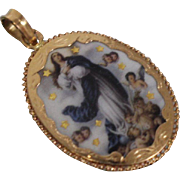 22k - Vintage Religious NaSa da Conceicao Mother Mary Antique Pendant in Yellow Gold with Enamel!