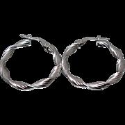 14k - Twisted Grooved Hoop Dangle Earrings in White Gold