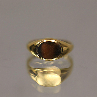 10KT Signet Ring without Monogram Baby Childrens ring Size 1