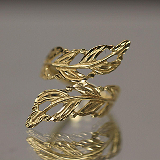 14KT Ornate Detailed Diamond Cut Bypass Ferns Branches Floral Ring in yellow gold