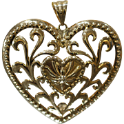 3-Dimensional Detailed Heart Pendant with Filigree Design in 14kt Yellow Gold