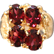 4 CT - 14KT - Mesmerizing Garnet Cluster with Ornate Detailed Rope Beaded Mount Ring in yellow gold