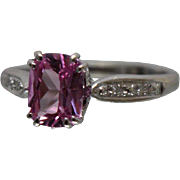 14k - 1.75 ctw - Vibrant Pink Sapphire with Diamond Accents Ring in White Gold