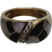 14k - .16 CT - Diamond Designed Dome Ring with Onyx & Mother of Pearl Inlay in Yellow Gold