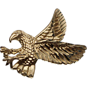 14k - Diamond Cut Bald Eagle Pendant with Textured Details in Yellow Gold