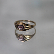 10k - Vintage Baby Style Pinky Ring with Purple Stone in Bezel Mounting in Yellow Gold