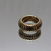 14k - Flexible Ribbed Symmetrical Eternity Band in Yellow Gold