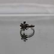 925 - Cute Sea Turtle Tortoise Toe Ring Style with Patina in Sterling Silver