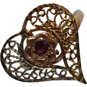 14k - .05 ct - Ruby Filigree Heart Ring with Offsetting Colors in Yellow Gold