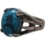 925 - Southwestern Native American Signed Turquoise Solitaire in Fancy Split Ring design in Sterling Silver