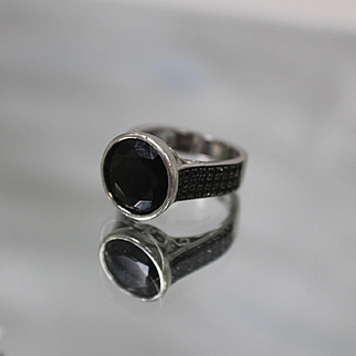 925 - 4.00 ctw - Designer SD Black Diamond with Black Diamond Accents in Fancy Bezel Mounting Ring in Sterling Silver