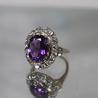 14k - 5.50 ctw - Early 1900's Art Deco Amethyst & Diamond Halo Antique Ring in Yellow Gold