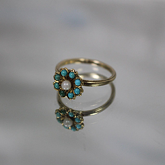 10k - Pearl & Seed Turquoise Scalloped Cluster on Band with Milgrain Edge in Yellow Gold