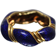 18k - Designer Style Twisted Ribbed Band with Blue Enameling in Rich Yellow Gold