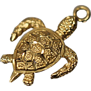 14KT Articulated Finely Detailed Turtle Tortoise Charm Pendant in yellow gold