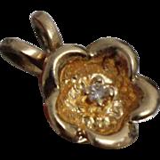 14k - .03 ct - Small Diamond Open Flower Petal Pendant Charm in Yellow Gold