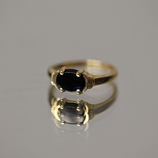 14k Black Onyx Simple Designed Ring in Yellow Gold