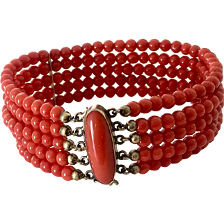 Very fine genuine un-dyed red coral bracelet