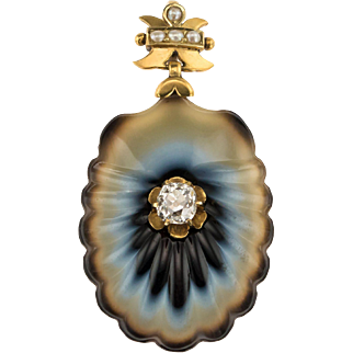 Beautiful Banded Agate and Diamond Victorian Shell pendant