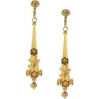 A Charming pair of Georgian Torpedo earrings in 18ct Gold