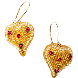 Beautiful Interwoven Open Lattice Work Earrings with Ruby, Paste and Natural Seed Pearls