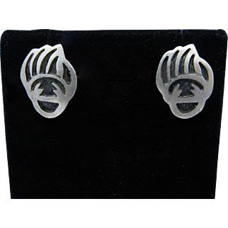 Vintage 1970s John Honie Sr. Hopi Overlay Sterling Silver Bear Paw Post Earrings