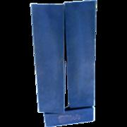 Elvis Presley 55 cmormic liquor bottle original box and cape music box