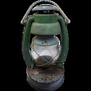 Vintage railroad farm Embury no 2 kerosene lamp made in warsaw new york