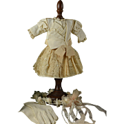 "Very Pretty 2-Piece Courtier Outfit for 16-17"" Bebe"