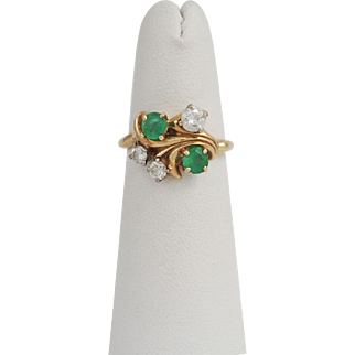 14K Gold Ladies Diamond and Emerald Ring