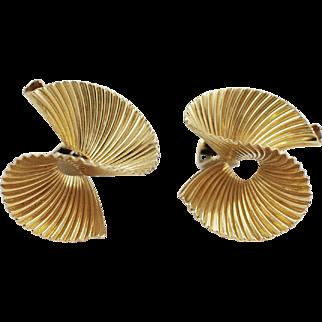 Beautiful Tiffany & Co. 14k Yellow Gold Swirl Earrings