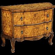 20th Century Venetian Dresser In Walnut And Burl