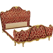 20th Century Venetian Lacquered And Gilt Double Bed