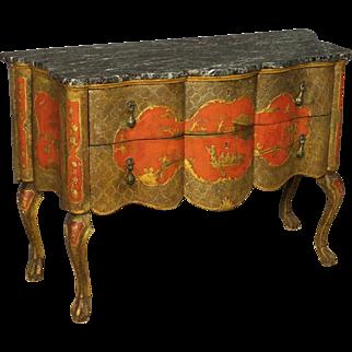 20th Century Italian Lacquered Dresser