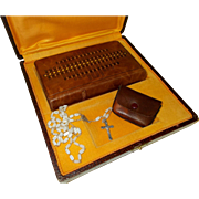 Prayer Book and Rosary Presentation Set.  Boxed Vintage French Missel and Chapelet, Lovely Condition 1930's - 1950's