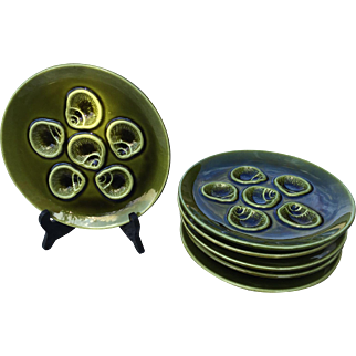 Old French Majolica for sea food or coquilles (6 plates)