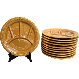 Vintage Italian majolica fondue plates (11 pieces)