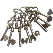 Sterling silver name 'Mary' heart key English charm vintage c1960