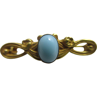 Turquoise glass in 10k gold brooch pin antique Victorian c1890
