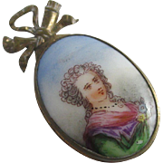 9k / 9ct gold cased porcelain mourning pendant locket antique Victorian c1890
