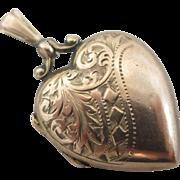 9k / 9ct gold back & front heart double pendant locket antique Victorian c1880