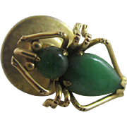 Jade in 14k / 14ct gold spider brooch pin vintage Art Deco c1920